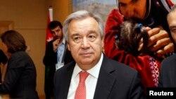 Ketua UNHCR Antonio Guterres menjadi tuan rumah konferensi penyelamatan pencarai suaka lewat laut di Jenewa, Swiss (foto: dok).