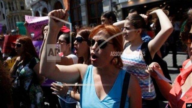 Turqi, dita e nëntë e protestave