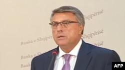 Banka e Shqipërisë thirrje qytetarëve: Kujdes me këmbimet valutore