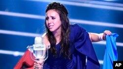 خوشحالی جمالا پس از برنده شدن در یوروویژن