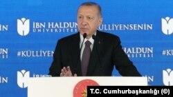 Presiden Turki Recep Tayyip Erdogan, bergabung dengan seruan-seruan untuk memboikot barang-barang Perancis. (Foto: dok).