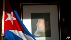 """""""A história o absolverá"""", afirma Manecas Santos sobre Fidel Castro"""