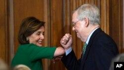 با همکاری رهبران کنگره از دو حزب این لایحه تصویب شد.