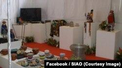 Des œuvres d'art lors de l'édition 2010 du Salon international de l'artisanat de Ouagadougou (SIAO), au Burkina, sur une photo publiée le 2 novembre 2010. (Facebook/SIAO)