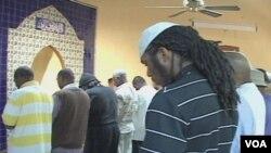 Molitva u Muhamedovom Masjidu u Washingtonu