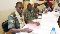 """La classe politique malienne dénonce une """"oligarchie militaire"""""""