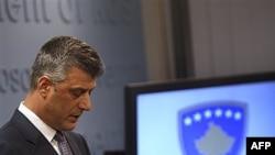 Premijer Kosova, Hašim Tači na konferenciji za novinare povodom optužbi da je bio umešan u trgovinu organima, 16. decembar 2010.