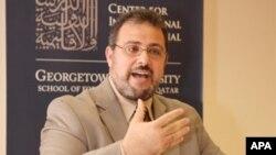 امام یحیی هندی از سال 1999 بدینسو در پوهنتون جورج تاون بحیث رهبر یا امام دینی مسلمانان کارمیکند.