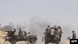 Các lực lượng nổi dậy đã chiến đấu trong 5 tháng nay để đòi chấm dứt quyền cai trị 42 năm của ông Gadhafi