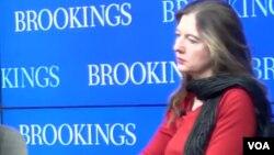 امریکايي کارپوهه وانده فیلباب براون د بروکنز د څېړنیز مرکز غړې او د سیاسی علومو ډاکټره