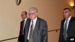叙利亚问题国际特使布拉希米9月24日抵达纽约的联合国总部出席安理会的闭门磋商