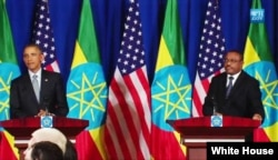 Ethiopian Prime Minister Hailemariam Desalegn and U.S. President Barack Obama hold a joint press conference in Addis Ababa, Ethiopia, July 27, 2015.