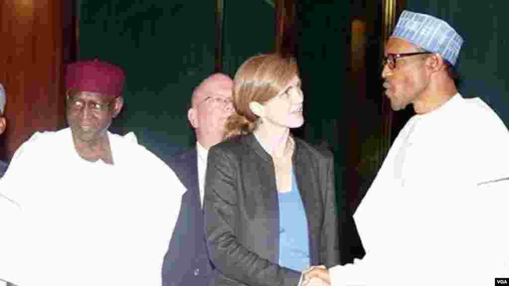Jakadiyar Amurka a Majalisar 'Dinkin Duniya, Samantha Power Tana Gaisawa Da Shugaba Muhammadu Buhari.