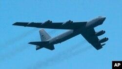 미군의 B-52 전략폭격기. (자료사진)