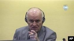 前波黑塞族戰時指揮官姆拉迪奇出庭受審