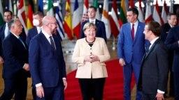 Nemačka kancelarka na svom 107. samitu EU u Briselu, 21. oktobra 2021. (Foto: Reuters/Johanna Geron)