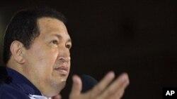 Tổng thống Venezuela Hugo Chavez phát biểu khi về đến phi trường Simon Bolivar international ở Maiquetia, Venezuela, ngày 11 tháng 5, 2012