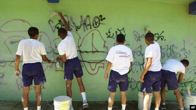 """Los principales grupos pandilleros incluirán 17 localidades en el proceso de limpieza, las cuales han sido denominadas """"Municipios Santuarios""""."""