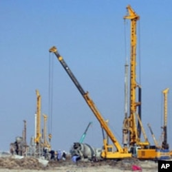 The construction site of the Sports City in the southern Iraqi city of Basra, 02 Dec 2009