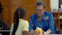 «Названі» дідусі та бабусі: як працює американська програма для літніх людей. Відео