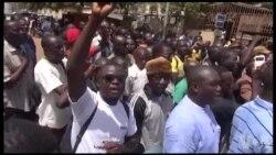 Manifestation au Burkina après la libération de Djibril Bassolé (vidéo)