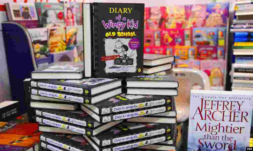 کتب میلے میں بچوں کی کتابوں کے بھی کئی اسٹالز لگائے گئے ہیں