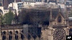 El periodista Juan José Dorado relata el día después del incendio en la catedral de Notre Dame