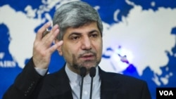 Juru bicara Kemenlu Iran Ramin Mehmanparast mengatakan bahwa pemimpin tertinggi Iran, Ayatollah Khamenei telah melarang pengembangan senjata nuklir (foto: dok).
