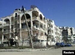 Une vue du quartier d'Inshaat, à Homs, après les bombardements de l'armée