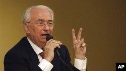 Belisario Betancur fue presidente de Colombia entre 1982 y 1986. Falleció a los 95 años.