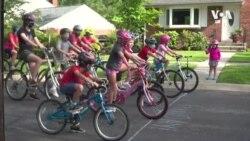 疫情期間孩子結伴騎單車散心 父母放心