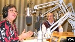 Los actuales conductores de BDA, Betty Janet Endara y Luis Alberto Facal dedicaron el programa al 50º aniversario.