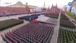 Kızıl Meydan'da Görkemli Askeri Geçit Töreni