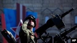 باجوه: سربازان روسی برای دو هفته در پاکستان باقی خواهند ماند.