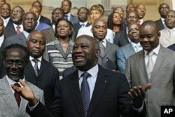 Le président Gbagbo et son gouvernement formé en décembre 2010