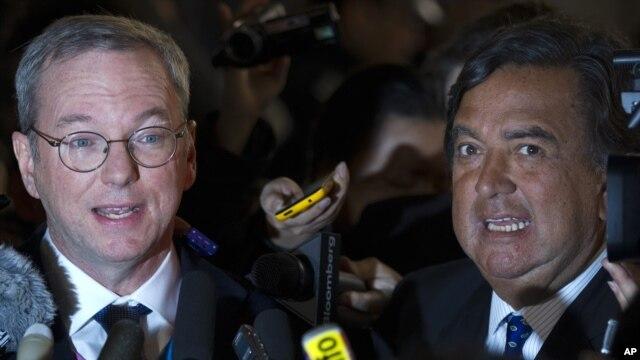 Eric Schmidt, presidente ejecutivo de Google y ex gobernador de Nuevo México, Bill Richardson abandonan Corea del Norte sin noticias alentadoras.