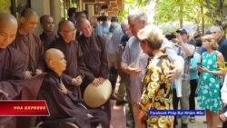 Nghị sĩ Leahy thăm Thiền sư Thích Nhất Hạnh