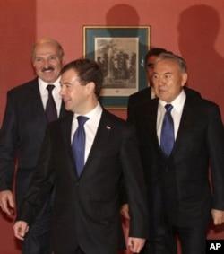Boj ittifoqiga hozir Rossiya, Qozog'iston, Belarus a'zo
