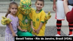 Brazilians will have the support of a brazilian spider man for the game their team will face against Germany, in Bello Horizonte, Brasil