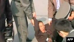 Trung Quốc ngày càng sử dụng các án tù và giam giữ để trấn át tất cả các hình thức bầy tỏ ý kiến một cách bất bạo động