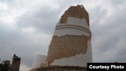 Reruntuhan menara Dharahara di Basantpur, pasca hantaman gempa bumi 7.9 SR di Kathmandu (Foto: Bikas Rauniar)