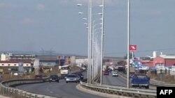 Kosovë: Qeveria nënshkruan marrëveshjen për ndërtimin e autostradës