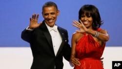 奥巴马总统和第一夫人米歇尔1月21日在就职日的舞会上