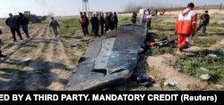 İran ordusu tərəfindən səhvən vurulan Ukrayna Hava Yollarına məxsus Boeing 737 təyyarəsinin qalıqları