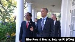 Presiden RI Joko Widodo (kiri) bersama Presiden AS Barack Obama saat berkunjung ke Gedung Putih, Washington DC, Oktober 2015 (Foto: Biro Pers & Media, Setpres RI)