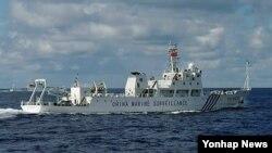 댜오위다오(일본명 센카쿠열도) 인근 해역을 항해하고 있는 중국의 해양감시선 해감15호(자료사진)