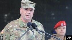 Генерал-лейтенант Бен Ходжес
