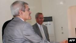 Le vice-président exécutif du groupe minier Areva, Sébastien de Montessus, Niamey, 23 juillet 2011