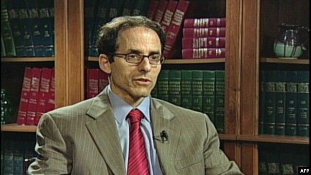 Mark Vajsbrot, ko-direktor Centra za ekonomska i politička istraživanja