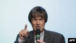Ông Nicolas Hulot đang vận động để được đảng Màu Xanh đề cử làm ứng cử viên của đảng